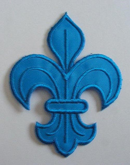 1 Applikation Königslilie Fleur de Lis 6x8cm Farbe: Blau