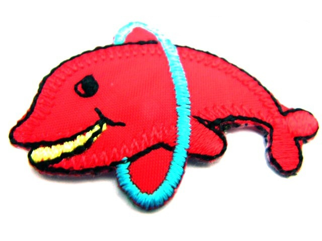 1 Stück Applikation Delphine 4,4 x 3,3cm Farbe: Rot AA502-6