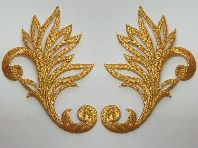 1 Paar historische Applikationen A24 Farbe: Gold