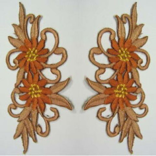 1 Paar Blumenapplikationen AF73-3 Farbe: hellbraun