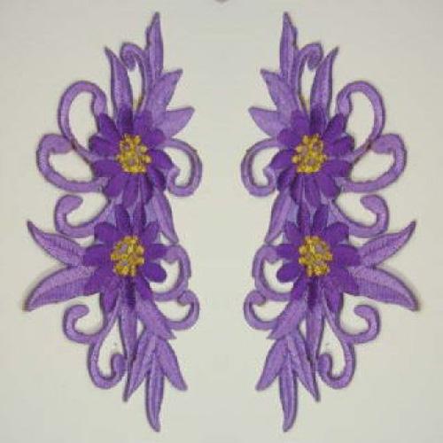 1 Paar Blumenapplikationen AF73-8 Farbe: Flieder