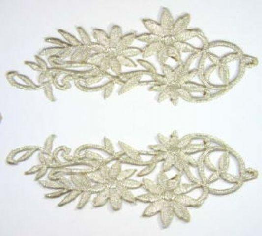 1 Paar Blumenapplikationen AF75-4 Farbe: Silber
