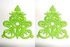 6 Paar historische Applikationen Farbe: Hellgrün