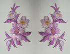 1 Paar historische Applikationen Patch Blumen Farbe: Violett-Gold