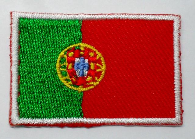1 Aufnäher Sticker Patch Flagge Portugal 3 x 2cm