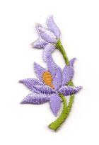 Applikation Sticker Blume 4,7 x 2,6cm Farbe: Flieder