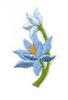 Applikation Sticker Blume 4,7 x 2,6cm Farbe: Hellblau